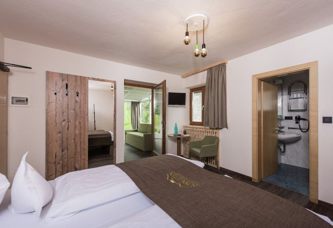 """Willkommen###br######br###im Gourmet Alpin Hotel Sonnleiten###br######br###Deinem Genusshotel im Ahrntal###br######br######br###""""Grieß di!"""", sagt man bei uns im Ahrntal, wenn man jemanden willkommen heißt!"""