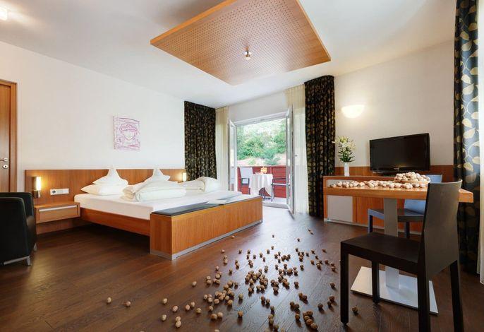 Ihr Erlebnis & Genuss Resort im Herzen von Naturns für Jung und Junggebliebene. Wellness & Gourmet, Sport & Spa.