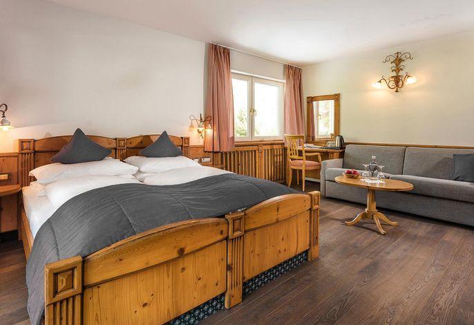 Willkommen im Paradies. Ihrem 5 Sterne Spa&Gourmet Hotel. Mit einem hohen Maß an Professionalität, exzellenten Service und vor allem mit ganz viel Herzlichkeit sind wir jeden Tag gern wieder für Sie da.