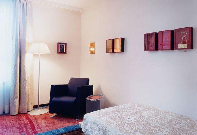 Einzelzimmer, Künstlerin Barbara Tavella