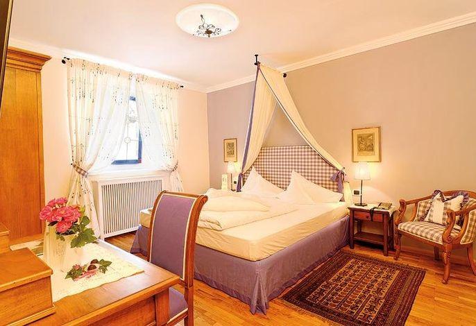 Kleines Schloss Zimmer o. Residenz Zimmer - Blick Weinberge, Schloss Hotel Korb