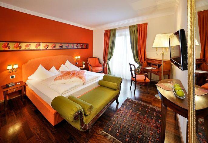 Residenz Zimmer - Blick Dolomiten, Schloss Hotel Korb