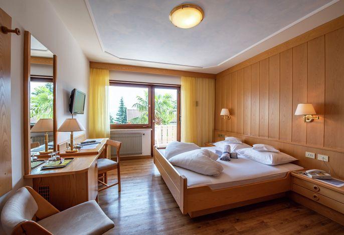 Erholung in einer der sonnenreichsten Regionen Europas, komfortabel und individuell in einem familiengeführten Betrieb – das ist Urlaub im Glanzhof Hotel & Apartments in Marling!