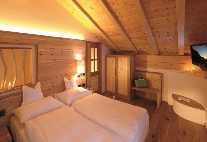 """""""Urlaub am Gesundbrunnen - Natur"""" heißt für uns das Motto, mit dem wir Sie in Zukunft begeistern wollen. Für Sie haben wir das Tirler Dolomites Living Hotel erweitert – um weit mehr als nur Zimmer."""