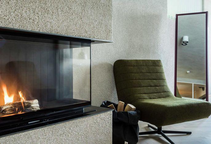 Boutique Hotel in den Bergen. EinzigartigeLage am Waldesrand mit Blick auf die Kurstadt Meran. Moderne Zimmer mit Panoramablick,Fine Dining Restaurant, Infinity Sole Pool und Forest Sauna. Member:Small Luxury Hotels of the world.