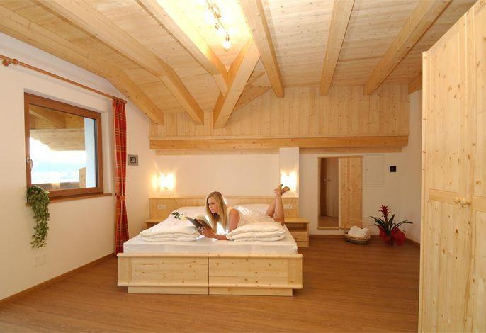 Aparthotel Viktoria Kastelruth Seiser Alm Dolomiten Beispiel Zimmer Apartment Superior