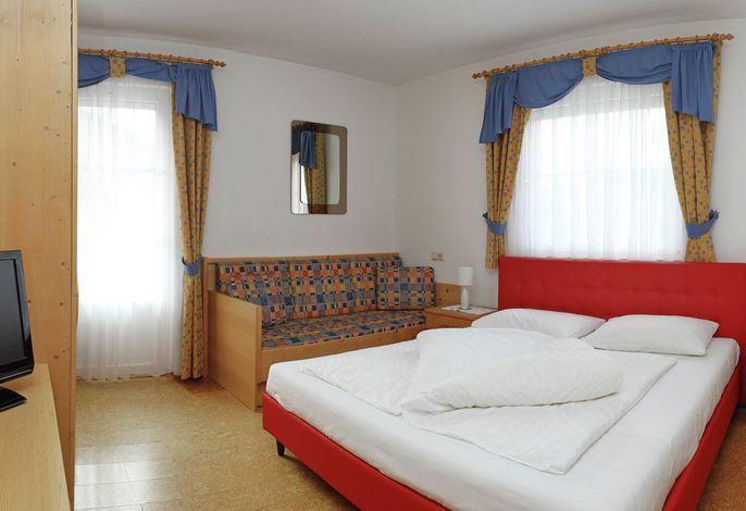 Herzlich willkommen! Ferienwohnungen Mühlrast im Ferienparadies Latsch Martell (Tarsch) in Südtirol.