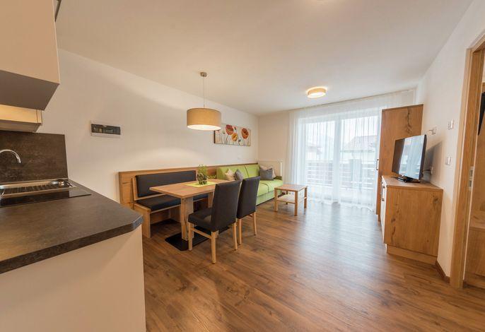 Alles NEU ! Herzlich Willkommen in unserer komplett renovierten Residence Nelkenstein in Schenna ! Wir bieten Ihnen neue , moderne Apartments. Sie finden unser Haus an einem ruhigen Fleckchen Erde - ideal zum Ausspannen und Wohlfühlen.