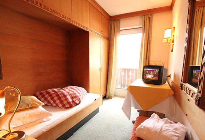 """Hotel Solaia Kastelruth Südtirol###br###""""genießen Sie Ihre Ferien in Ihrem Hotel in Kastelruth, im Urlaubsgebiet Seiser Alm…"""