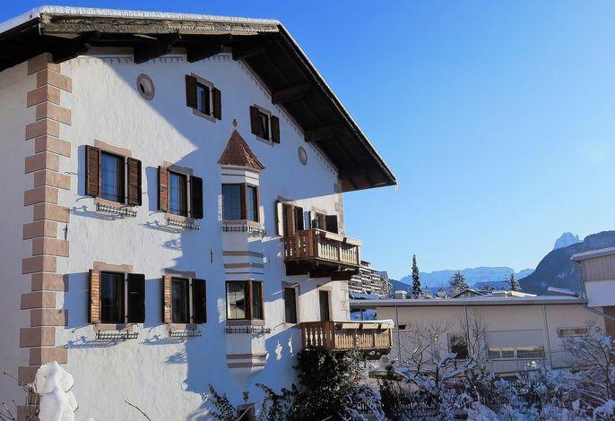 Tschutscherhof Winter Dolomites Val Gardena