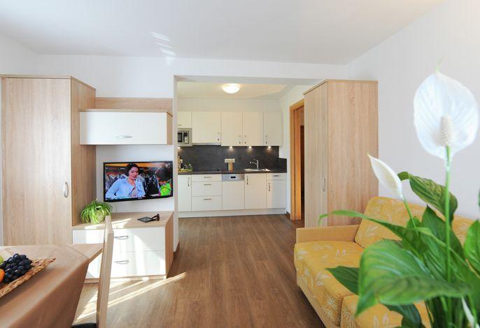 Ferienwohnungen für 2-6 Personen inklusive Hallenbad, Garten und Kinderspielplatz.