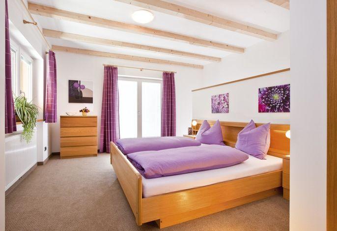 FW 8 - Schlafzimmer