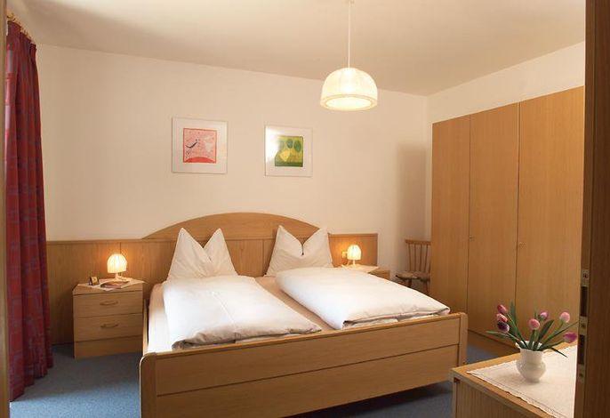 FW 2 - Schlafzimmer