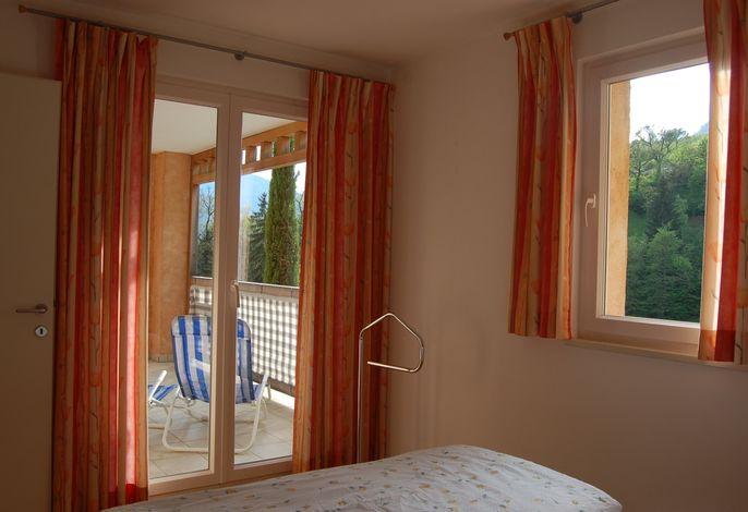 Tauchen Sie ein in eine wundervolle Umgebung mit einzigartigem Flair. Überzeugen Sie sich selbst von unseren neu errichteten Apartments auf den Sonnenhängen über Meran.