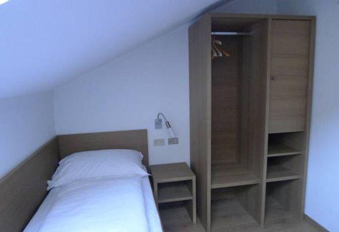 Unser historisches Tiroler Gasthaus Steinhauswirt liegt in Steinhaus im Herzen des Ahrntales .###br######br###gleich neben der Talstation Klausberg###br######br###