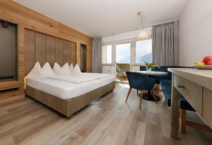 Das Family Hotel Gutenberg ist ein ruhig gelegenes Hotel mit angenehmer Atmosphäre und direktem Anschluß an die Wanderwege.