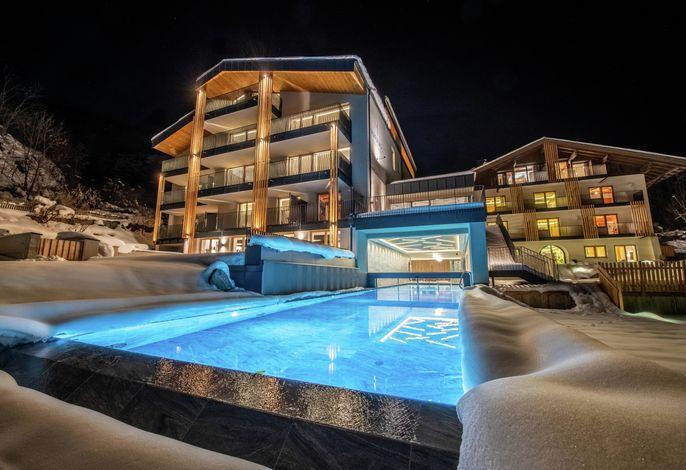 Hotel Maraias - Luxury Suites & Apartments
