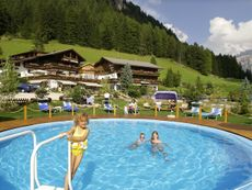 Hotel Gardenia Romantic & Family Wolkenstein