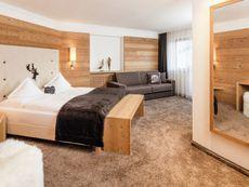 Hotel Dorfer alpine&charming Wolkenstein/Selva Di Val Gardena