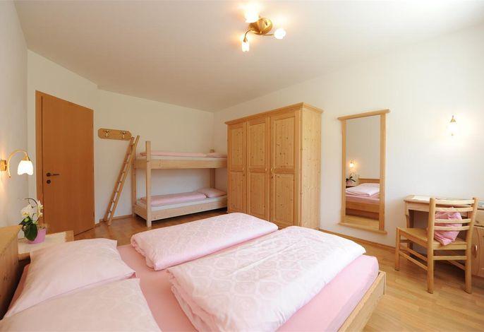 Schlafzimmer Ferienwohnung Nr. 2