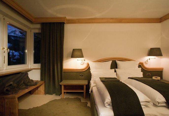 Das elegante Sporthotel Teresa in den Südtiroler Dolomiten ist der ideale Ort, um einen schönen Urlaub im Zeichen der Erholung, der guten Küche und des Konforts zu verbringen.