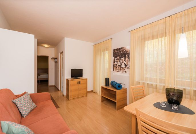 Bei uns in Algund, in Oberplars genauer gesagt, wohnst du in stylishen Apartments & Lofts, umgeben von der Meraner Natur, ihren Bergen, ihrem Freiheitsgefühl! Unsere Apartments haben ein Ziel: Dass du dich darin wohl fühlst!