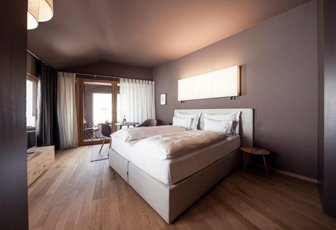 HOTEL LAMM IN KASTELRUTH – ALPINE LIFESTYLE & SPA###br######br######br###DasHotel Lamm in Kastelruth ist seit Mai 2018 wieder eröffnet!