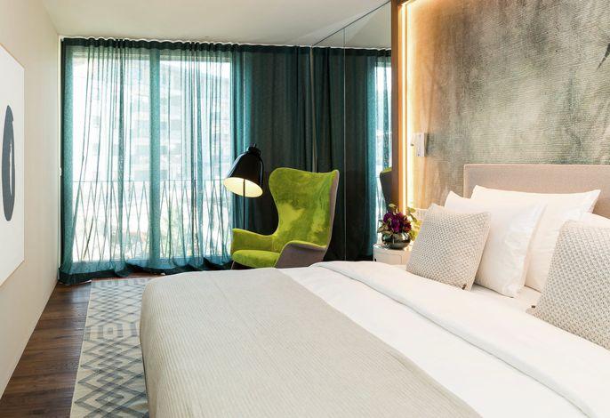Im Guesthouse ANTONwohnen Sie im Design bekannteritalienischerMarken. In den vier stilvoll eingerichten Apartmentsgenießen Sie Ihren Urlaub als extravagantes Wohnen.