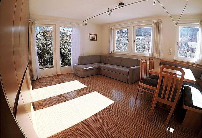 Das Chalet Villa Muse bietet smarte Ferienwohnungen, in sehr zentraler Lage in Wolkenstein Gröden. Garagenparkplatz, W-Lan, Ski Depot, Bettwäsche und Handtücher werden kostenlos zur Verfügung gestellt.