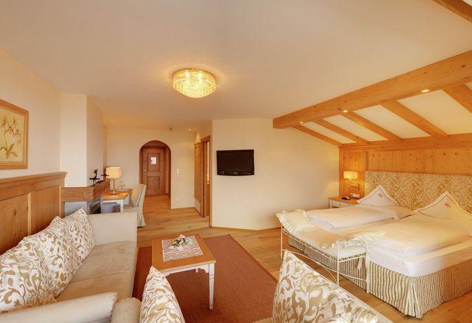 Herzlich willkommen...###br######br###im Natur & Wohlfühl - Spa Hotel Starkenberg in Schenna bei Meran, Südtirol!