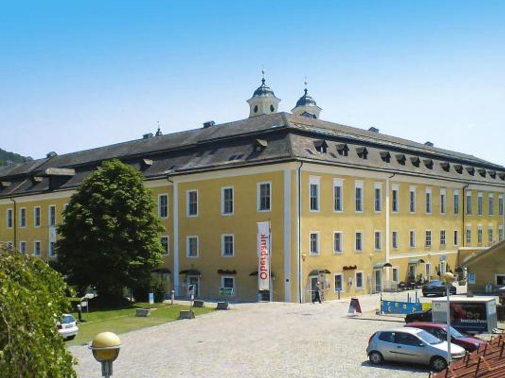 Schloss Mondsee