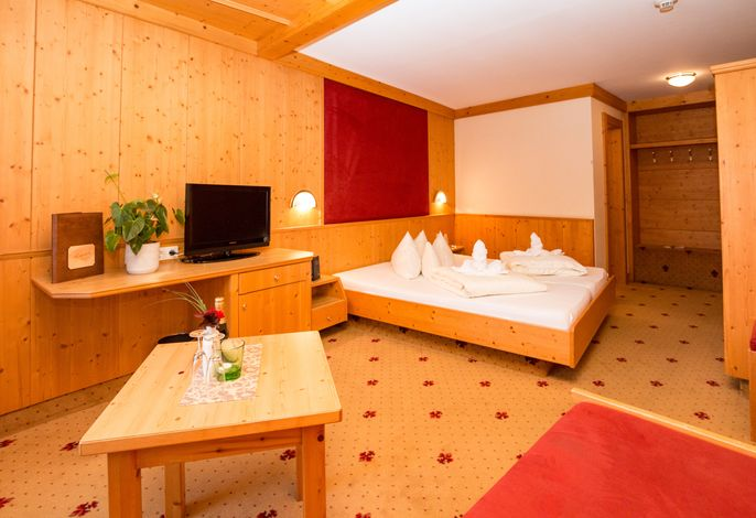 Alpina Family Resort 4*
