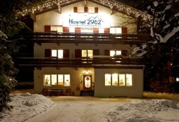 Hostel 2962