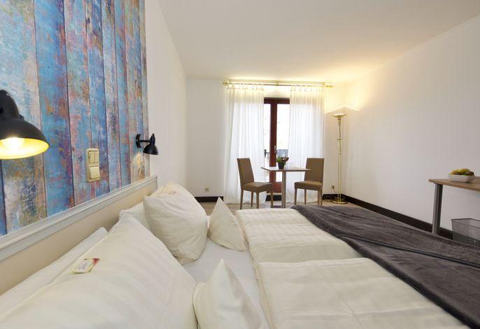 Hotel Avenida by zwei&vierzig