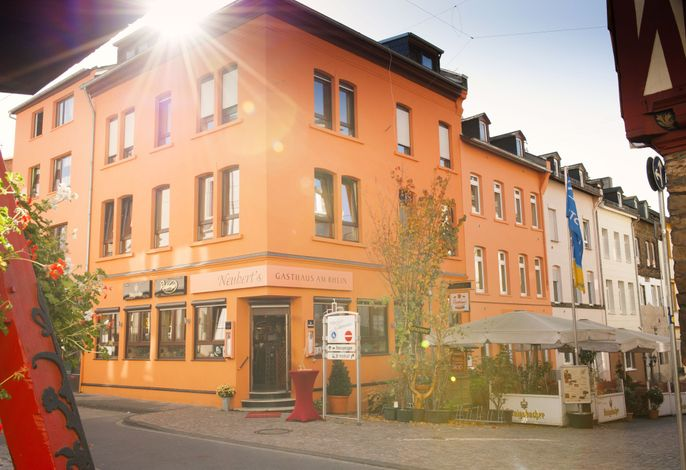 Neuberts Gasthaus am Rhein