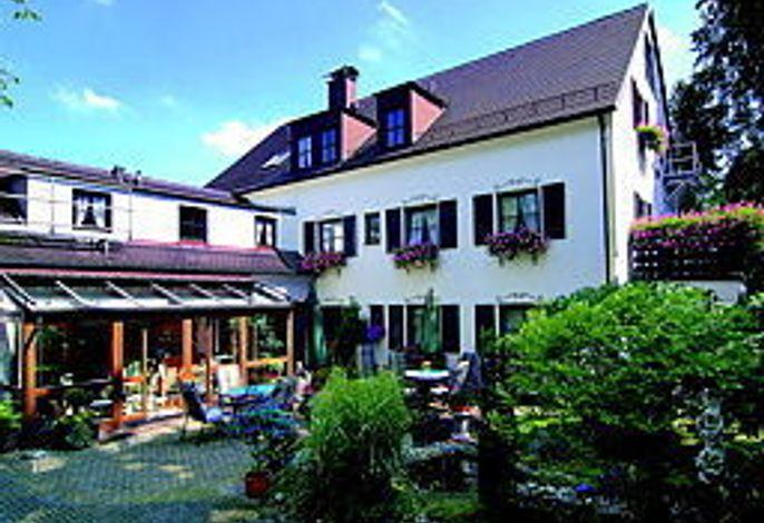 Neuner Hotel
