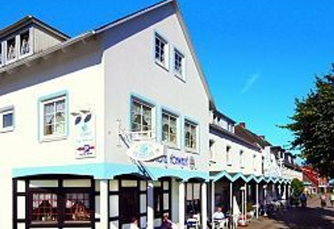 Strandhotel Hohwacht Schlouns GbR