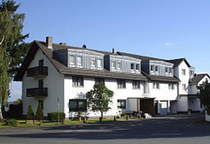 Zur Burgruine Frauenberg
