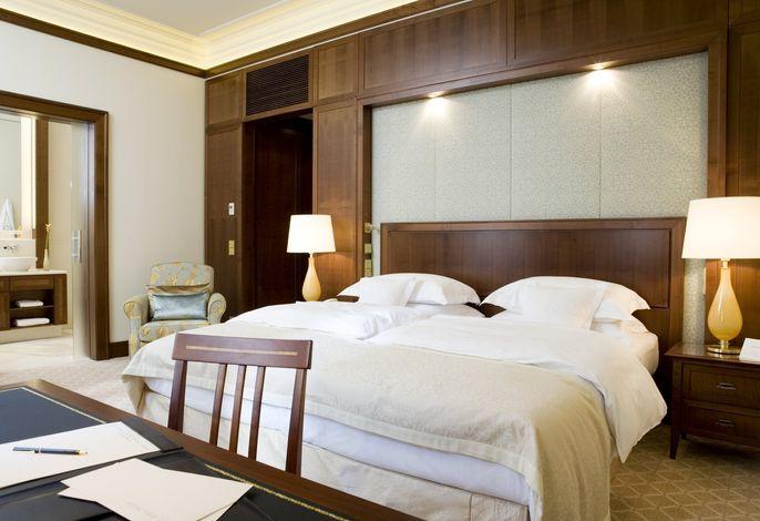 Excelsior Hotel Ernst Leading Hotels of the World