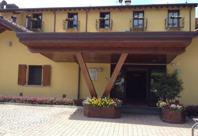 Vecchia Riva Hotel Ristorante
