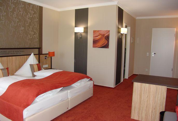 M 13 Hotel