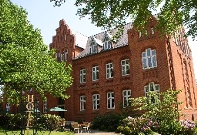 Altes Gymnasium - Husum / Husum und Umland
