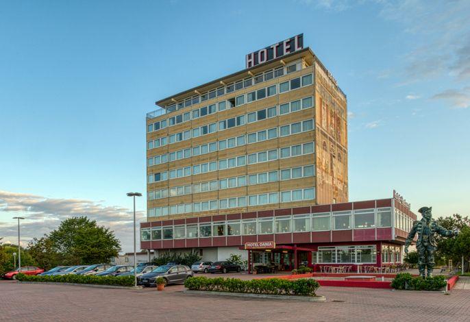 FF&E Hotel Dania