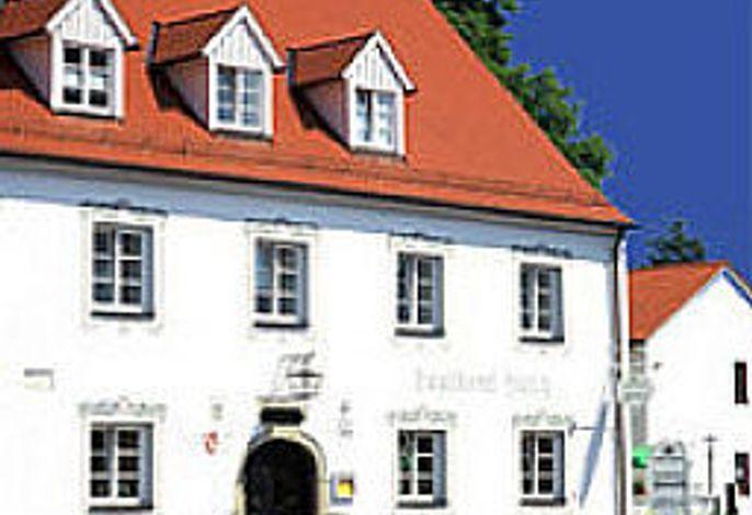 Hirsch Landhotel