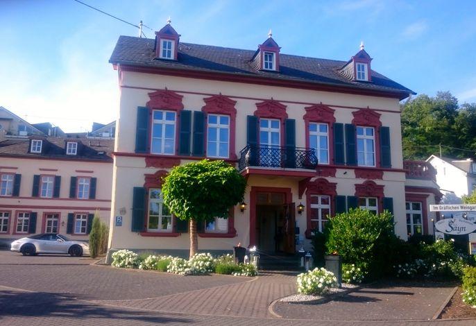 Romantik Hotel Villa Sayn