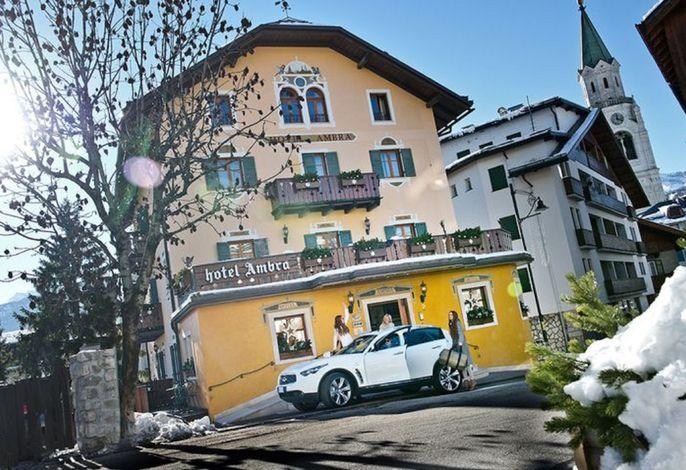 Ambra Cortina Luxury&Fashion Boutique