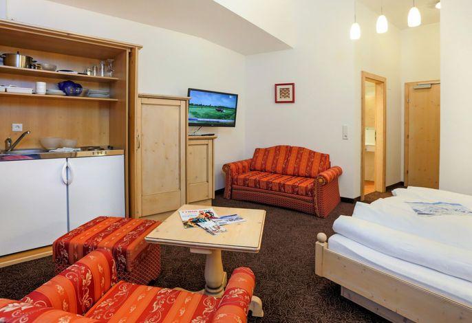 Glanzer Homes - Hamrach Suite (SOE077)