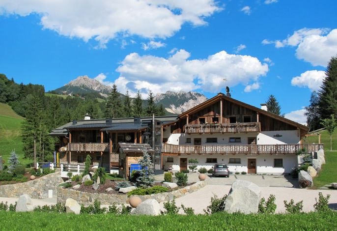 Alpine Mountain Chalet (VGI168)