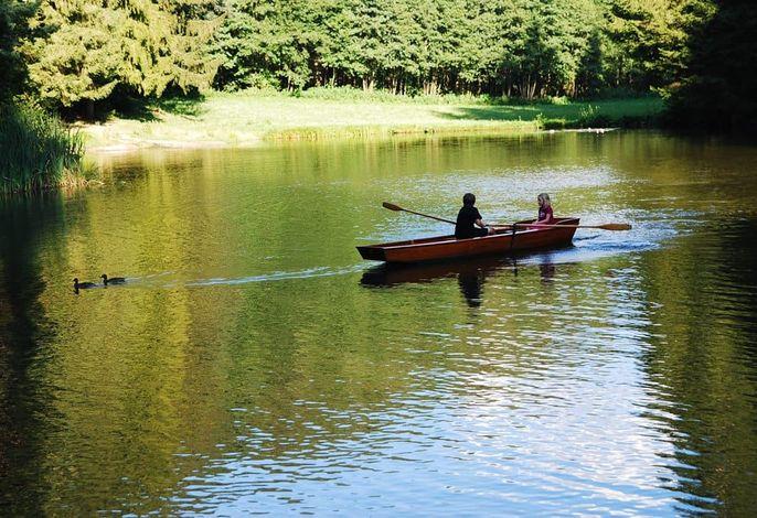 Ruderboot am Klieberteich