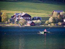 Obergasserhof mit Angler